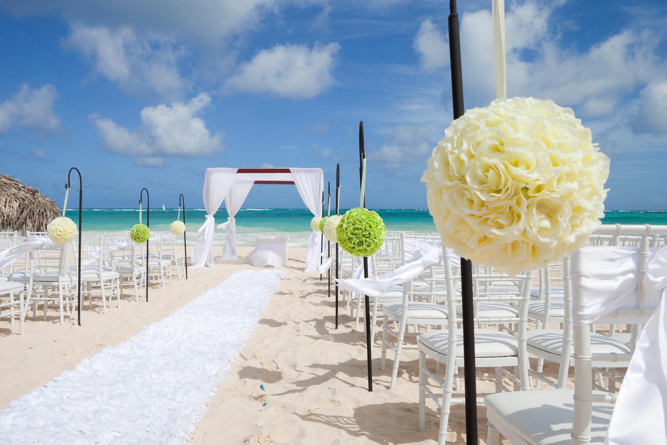 Votre mariage à Cuba ou à Las Vegas est-il valide au Québec ?